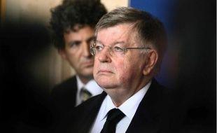Le PDG de France Télécom, Didier Lombard, est poussé à la démission par ses salariés.