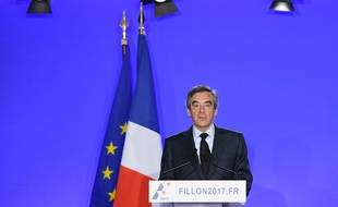 François Fillon annonce qu'il maintient sa candidature lors d'une conférence de presse, le mercredi 1er mars.