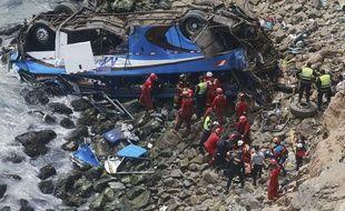 Un accident de la route a fait au moins 36 morts au Pérou, le 2 janvier 2018.
