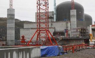 La construction du réacteur EPR à Flamanville (Manche).