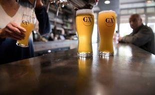 La brasserie produisant la bière de Groix a été fondée sur l'île en juin 2019 par Jean-Pierre Rennaud.