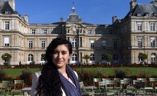 Anina Ciuciu, jeune femme de 27 ans d'origine rom, est candidate aux sénatoriales en Seine-Saint-Denis.