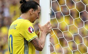 L'attaquant de la Suède Zlatan Ibrahimovic contre l'Italie, le 17 juin 2016.
