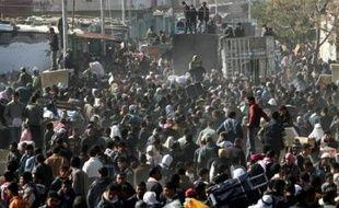 La frontière entre l'Egypte de la bande de Gaza sera fermée vendredi à 13h00 GMT, ont annoncé les membres de la sécurité égyptienne par haut-parleurs à Rafah et El-Arich, selon des témoins dans ces deux villes.