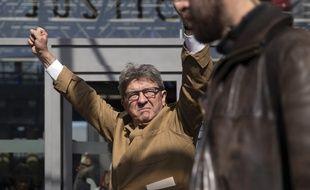 Jean-Luc Mélenchon à la sortie de l'audience à Bobigny, le 19 septembre 2019.