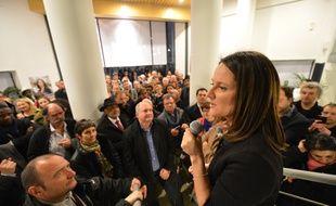 NANTES, 23/03/2014 Johanna ROLLAND, candidate PS aux elections municipales a l arrivee dasn son local de campagne