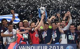 Sébastien Flochon avait soulevé la Coupe avec les Parisiens, lors de la finale de la Coupe de France le 8 mai dernier.