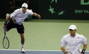 Les Etats-Unis ont mis fin à douze ans de pénitence, la plus longue disette de leur histoire en Coupe Davis, en balayant la Russie (3-0) en finale samedi à Portland.