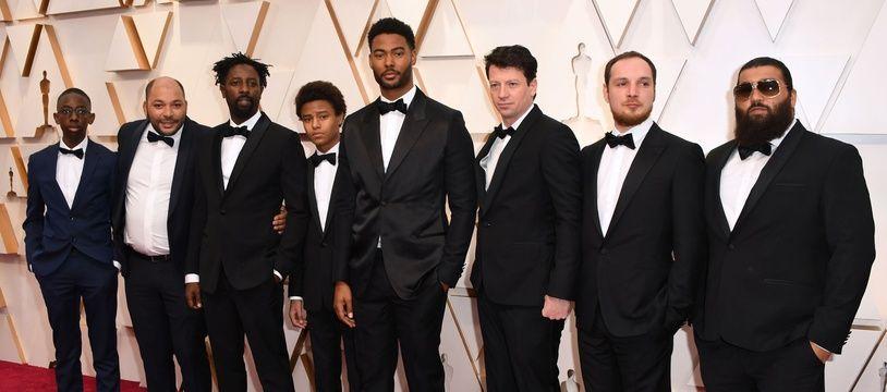 """L'équipe du film """"Les Misérables"""" lors de la cérémonie des Oscars, le 9 février 20209."""
