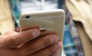 Coronavirus: Israël va tracker les smartphones des personnes infectées