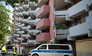 L'auteur présumé d'un attentat à la bombe biologique a été arrêté dans cet immeuble de Cologne, en Allemagne