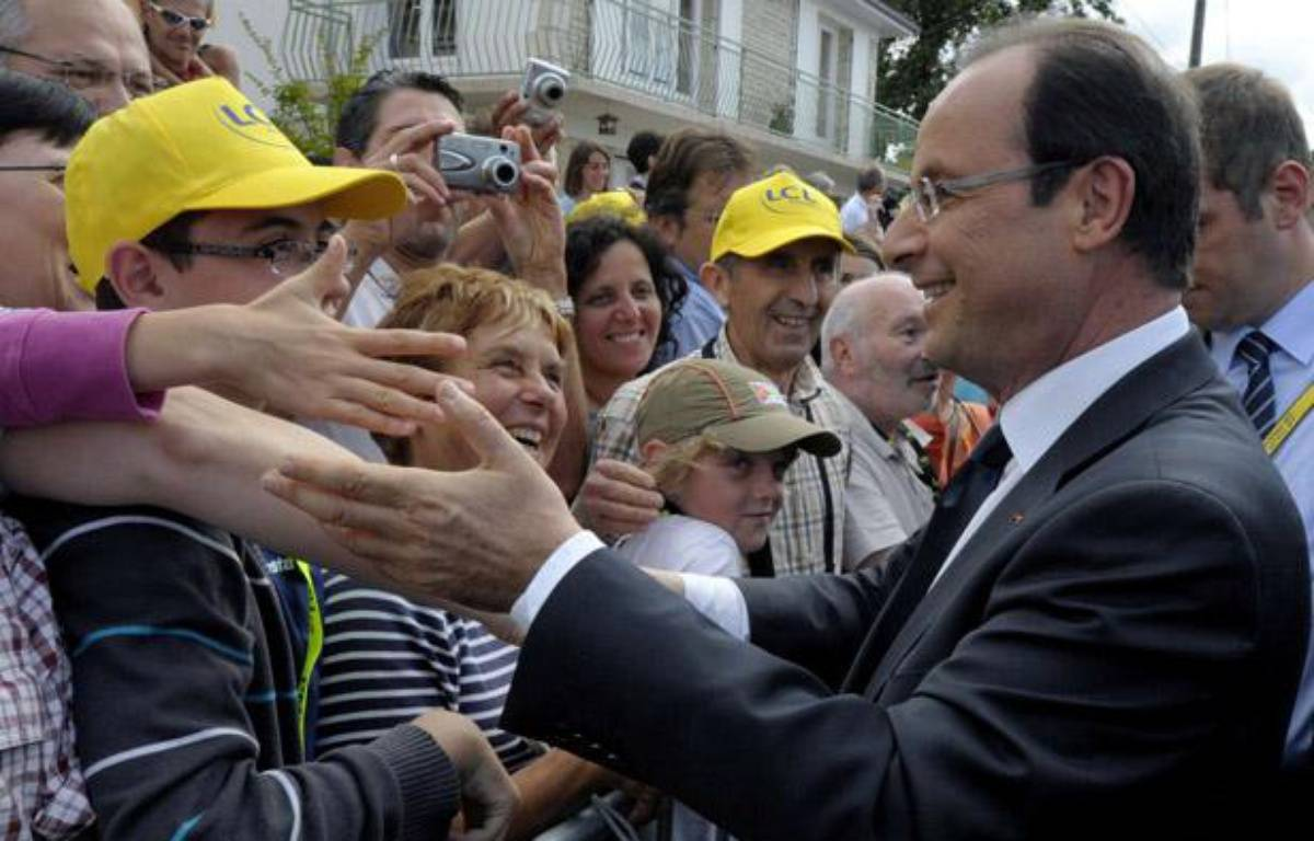 François Hollande était sur le Tour de France le 20 juillet 2012. – P. WOJAZER / AP / SIPA