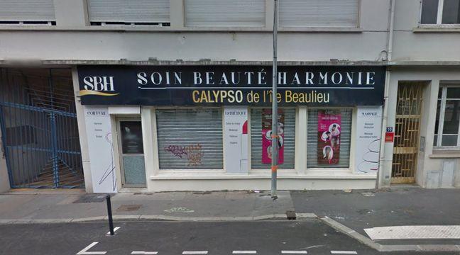 Nantes un salon de coiffure et de beaut proposait des - Salon esthetique nantes ...