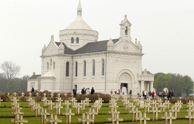 Ablain-Saint-Nazaire, le 2 mai 2013. La nŽcropole Notre-Dame de Lorette o reposent les corps de plus de 40.000 soldats franais et Žtrangers morts pendant la 1re Guerre Mondiale, est la plus grande de France.