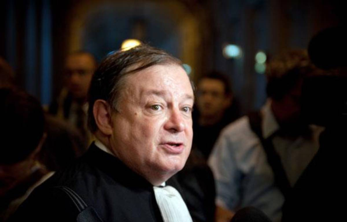 Jean-Pierre Mignard au Palais de justice de Paris le 5 octobre 2009.  – FP PHOTO / MARTIN BUREAU