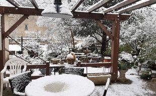 De la neige, ce jeudi matin, à Lagrasse, dans l'Aude