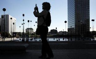 L'Opéra de Paris enquête sur une facture de téléphone d'un montant de 52.000 euros sur deux mois imputable à un portable professionnel d'un délégué syndical
