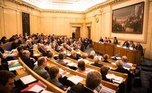 En octobre 2015, la salon Colbert de l'Assemblée nationale, à Paris, accueillait le colloque « Clipperton : un atout meconnu » présidé par George Pau-Langevin, Ministre des Outre-mer