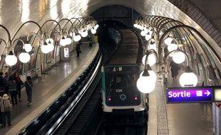 La station Cité, dans le métro parisien, en mars 2012.