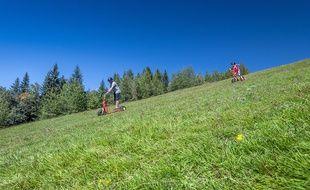 La Trottin'herbe permet de dévaler les pentes en plein été.