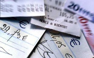Un rapport remis le 24 avril 2012 à Bercy préconise de diviser par deux le nombre de chèques émis en France d'ici 2017.