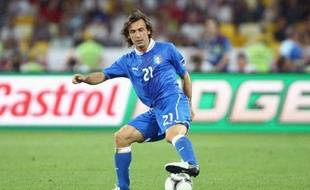 Andrea Pirlo dans ses oeuvres lors du quart de finale de l'Euro 2012 entre l'Italie et l'Angleterre.