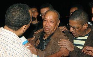 Mohamed Jratlou, le père du petit Younes, à ses funérailles à Casablanca (Maroc), le 21 novembre 2009.