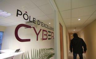 Illustration de la cyber sécurité, ici au pôle d'excellence Cyber, ouvert à la DGA de Bruz, près de Rennes.