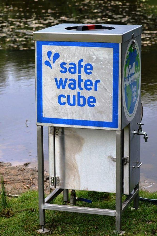 La Safe water cube, machine à produire de l'eau potable.