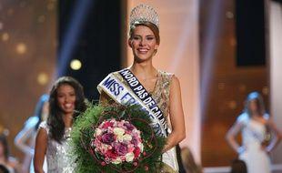 Camille Cerf, elue Miss France 2015 lors de la ceremonie d'election de Miss France 2015 au Zenith d'Orleans. Orleans, FRANCE - 06/12/2014 /SIPA_0908006/Credit:LAURENTVU/SIPA/1412081041