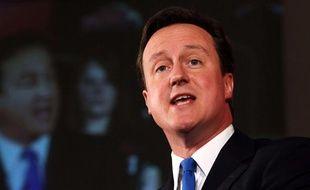 Le leader du parti conservateur britannique, David Cameron, lors de son discours durant un meeting dans le centre de Londres, le 3 mai 2010.