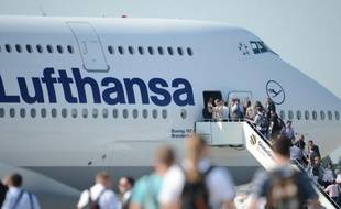 Le groupe allemand Lufthansa a annoncé mercredi le lancement d'une nouvelle compagnie, destinée à assurer une partie de ses vols en Allemagne et en Europe, dans une tentative de contrer la concurrence sans merci que lui livrent les compagnies low-cost comme Ryanair ou Easyjet.