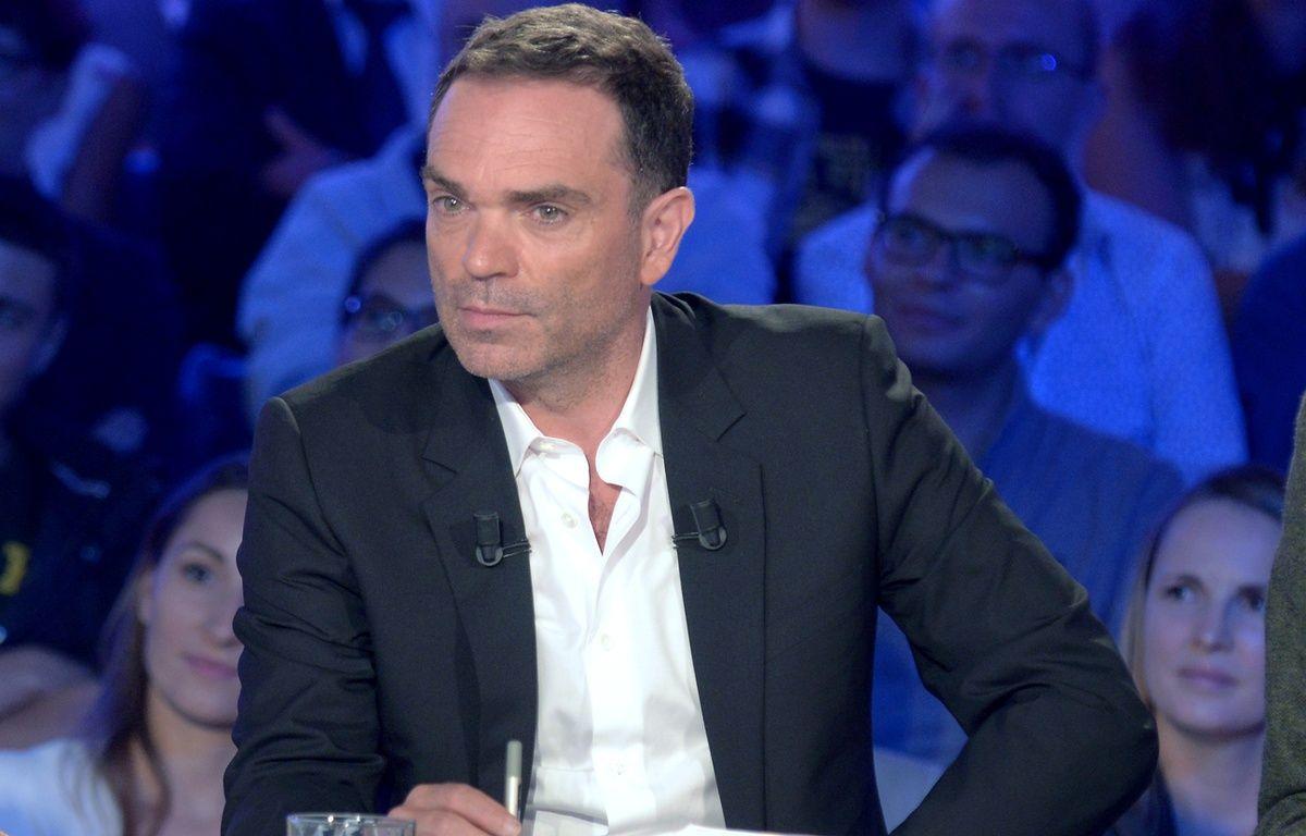 Yann Moix, chroniqueur dans On n'est pas couché sur France 2. – France 2