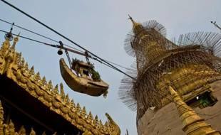 La Birmanie reste un pays très superstitieux où les écoles de voyance fleurissent (illustration)