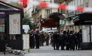 Fausse alerte à la bombe dans le 1er arrondissement de Paris, quartier Etienne-Marcel, le 17 septembre 2016.