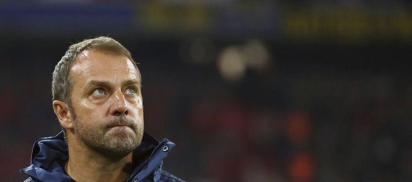 Hansi Flick pourrait finalement rester sur le banc du Bayern Munich jusqu'à la fin de la saison (au moins).