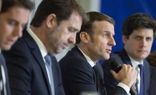 Emmanuel Macron, Roxana Maracineanu, la ministre des Sports et Julien Denormandie, le ministre de la Cohésion des territoires à Mulhouse, le 18 février 2020.