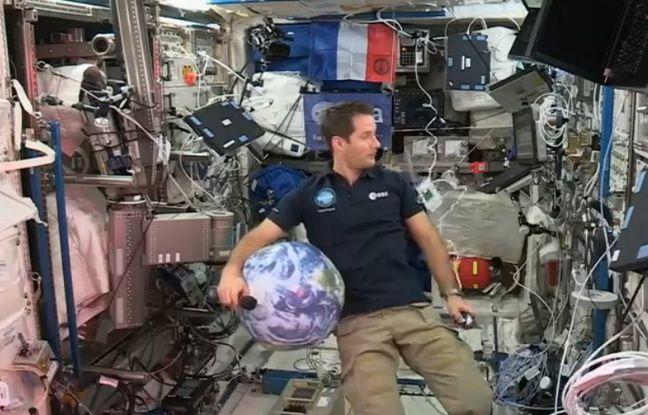 Photo de Thomas Pesquet dans l'ISS