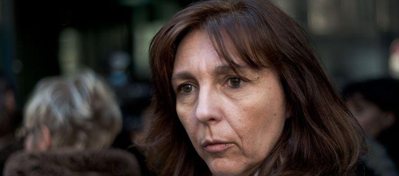 Stéphanie Gibaud, devant le tribunal de commerce de Paris, en 2015.