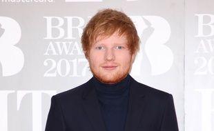 Le chanteur Ed Sheeran aux Brit Awards