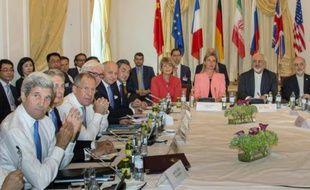 Réunion le 6 juillet 2015 à Vienne des chefs de la diplomatie des grandes puissances pour négocier un accord sur le nucléaire iranien