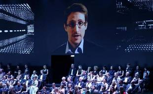 Edward Snowden le 16 mai 2014 à Hambourg