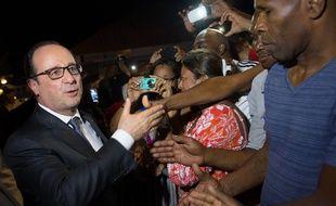 François Hollande à Saint-Martin, le 8 mai 2015.