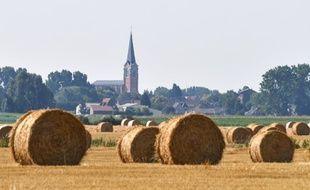 Le clocher de Fromelles à proximité de Lille.