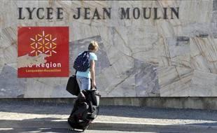 Le lycée Jean-Moulin de Béziers (Hérault), le 13 octobre 2011.