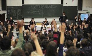 """Les moyens de fonctionnement des universités vont moins augmenter en 2012 que les années précédentes, un choix fait dans un contexte budgétaire """"contraint"""" selon le ministre Laurent Wauquiez, mais dont la communauté universitaire """"en colère"""" a refusé de débattre lundi."""