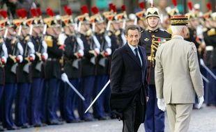 Nicolas Sarkozy dévoilera jeudi une plaque dédiée aux étudiants et lycéens qui manifestèrent le 11 novembre 1940 à Paris contre l'occupation nazie, lors des cérémonies commémoratives de l'armistice de novembre 1918 sous l'Arc de triomphe.