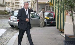 """Patrick Balkany, député-maire UMP de Levallois-Perret (Hauts-de-Seine) et ami de Nicolas Sarkozy, a affirmé jeudi soir sur BFMTV que l'ex-chef de l'Etat venait de lui confier par téléphone qu'il se sentait """"soulagé"""" et """"heureux"""", d'être sorti du Palais de justice de Bordeaux sans avoir été mis en examen mais placé sous le statut de """"témoin assisté""""."""