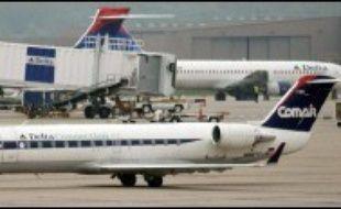 Il n'y aurait pas de survivants après l'accident dimanche d'un avion transportant 50 passagers et membres d'équipage près de l'aéroport de Lexington, dans le Kentucky (centre-est), a indiqué une porte-parole de l'autorité fédérale de l'aviation américaine (FAA), interviewée sur CNN.