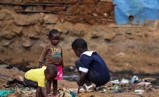 Des enfants à Nairobi au Kenya, en octobre 2015